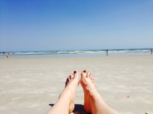 kelly beach feet