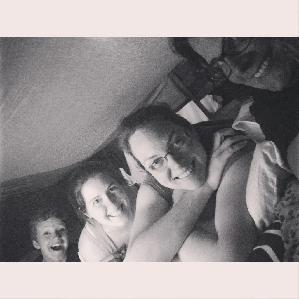 house friends, blanket fort