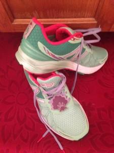 ariel new balance running run shoes